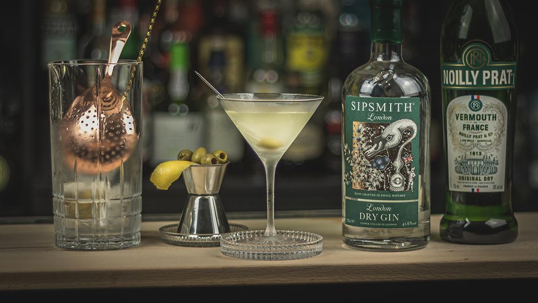 Dry Martini: Der König der Shortdrinks