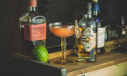 Millionaire No.1:  Das Rezept mit Sloe Gin, Apricot Brandy und Rum