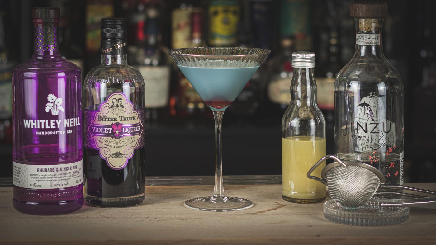 Aviation Cocktail: Der blumige Sour mit Veilchen Likör
