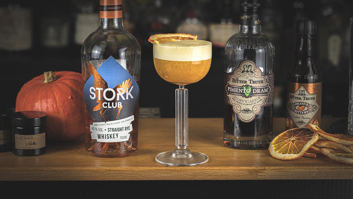 Pumpkin Spice Sour: Kreativer Kürbis-Cocktail mit Rye Whiskey